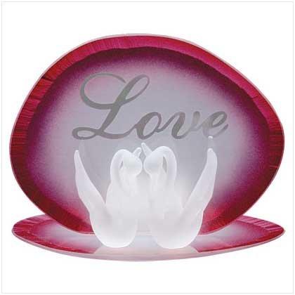 """LOVE"" SWANS"