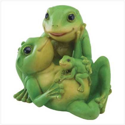 FROG FAMILY FIGURINE