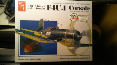 AMT 1/48 Chance Vought F4U-1 Corsair Bent-Wing Bird WW II Fighter Model Kit