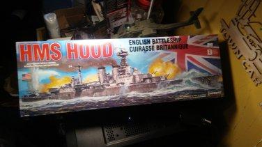 Lindberg 1/400 HMS Hood English Battleship Model Kit