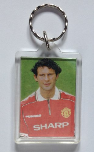 Ryan Giggs Man Utd 1998-1999 Treble Season Keyring