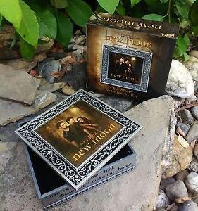 The Twilight Saga New Moon One Sheet Metal Jewelry Box by NECA Very Rare