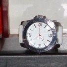 Pre-Owned Women's White & Silver Silicone Fashion Analog Quartz Watch