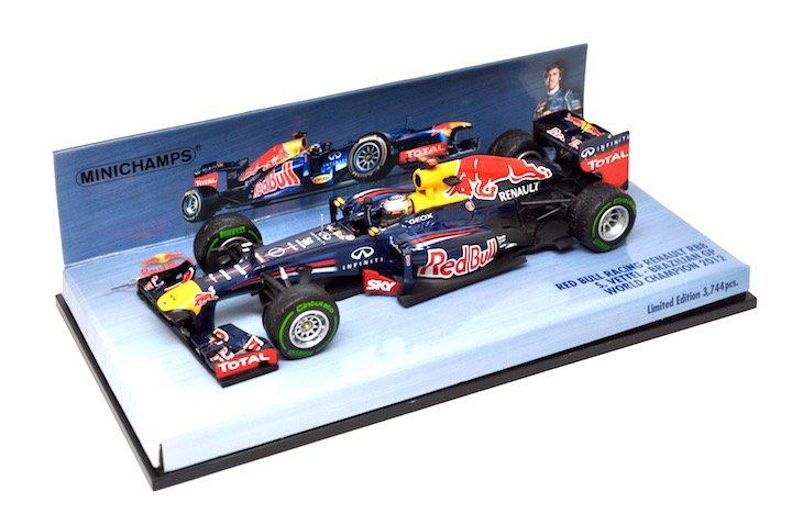 Minichamps 410120101 Red Bull Racing Renault RB8 #1 �Sebastian Vettel� F1 World Champion 2012