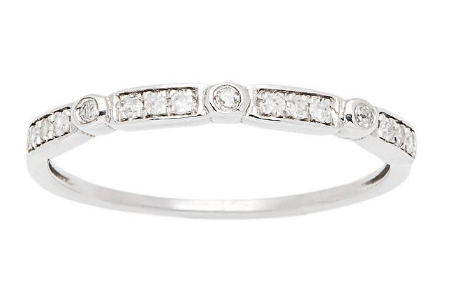10k White Gold 1/6ct Pave Diamond Stackable Wedding Band (G-H, I1-I2)