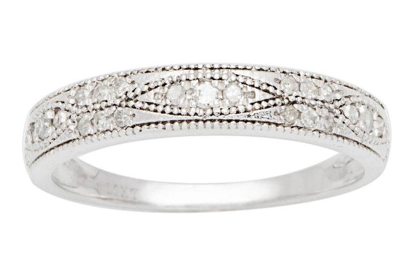10k White Gold 1/4ct Pave Milgrain Diamond Wedding Anniversary Band (G-H, I1-I2)