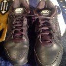 Men's Nike View III Black Walking Shoe Sneakers Size 10 M Slip Resistant 454122