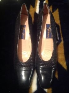 LABELLE  ORIGINAL WOMEN'S BLACK LEATHER HEELS MADE IN ITALY SIZE 9 1/2 AAAA