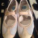 Women's Size 5.5B Medium, MERRELL Shoes,  RELAY TOUR White Velcro Mary Jane