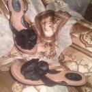 B.O.C. BORN VIVIAN WOMEN'S SZ 9M BLACK LEATHER THONGS SANDALS w/ FLOWER DETAIL