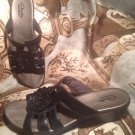 CLARKS BENDABLES BLACK LEATHER SLIDES SANDALS FLOWER ACCENTS SIZE 8M SHOES