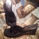 UNLISTED A KENNETH COLE PRODUCTION WOMENS BLACK SATIN KNOT TOE SANDALS SIZE 8.5M