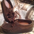 WOMEN'S CLARKS ORIGINALS 38257 WALLABEE BROWN BEESWAX LEATHER CHUKKA SHOES 8.5M