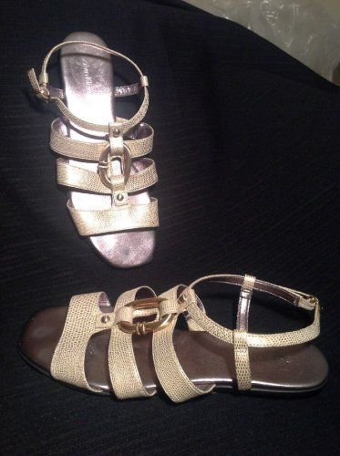 CALVIN KLEIN COLBIE GOLD LIZARD Women's Designer Shoes Strappy Flats Sandals 8M