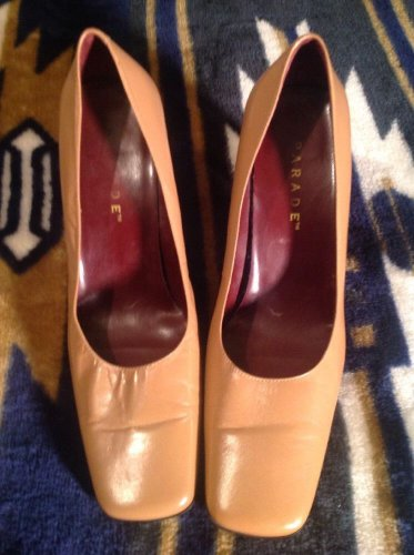 PARADE Women's Pump Sz  8M Brown Leather Great Condition Square Toe Heels Rt $76