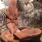 Sofft 8.5M Brown Tan Slides Wedges Women's Ladies Sandals Shoes 1200295 MRSP $56