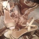 ALEX MARIE IVORY PATENT LEATHER SANDALS WOMENS SHOES LOW HEELS SIZE 9M SLIDES