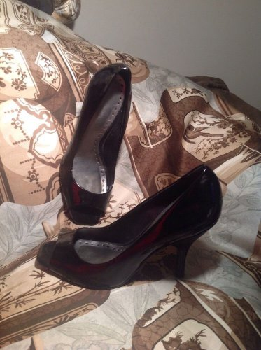 BCBGirl BLACK PATENT LEATHER HIGH HEEL SHOES OPEN TOE PUMPS Women's SZ 9B SHOES