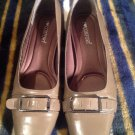Women's Dress Shoes-I Love Comfort-SZ 6M TAUPE Color-ManMade-PreOwned-Excellent