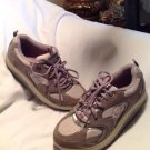 "Beautiful! Womens ""Skechers Shape-Ups"" Athletic Shoes Sz 8.5M Gray Pink & White"