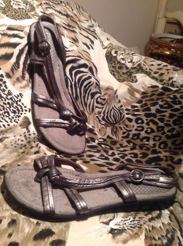 BARE TRAPS WOMEN'S GRAY LEATHER SANDALS WEDGES SHOES SZ 9M CHELBY MRSP $49