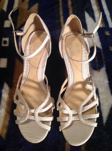 CL BY LAUNDRY LADIES TAN BEAUTIFUL STRAPPY HEELS TEXTURED OPEN TOE SZ 7M SANDALS
