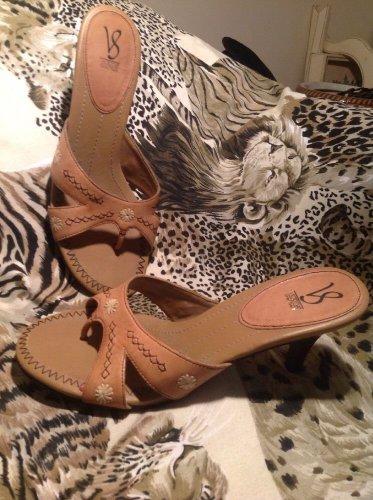 Victoria Spencer Light Brown Slip On Thong Slide Sandals/Stitched Design, 9.5M