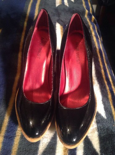 EUC ! NINE WEST Women's Genuine Patent Leather Platform Pump *SEXY* Shoes Sz 6M