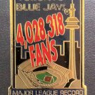 MLB TORONTO BLUE JAYS LAPEL PIN, MLB ATTENDANCE RECORD OCTOBER 4, 1992, NEW NR