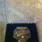 1995 WORLD SERIES - JUMBO PIN - MLB - BASEBALL - MAJOR LEAGUE BASEBALL