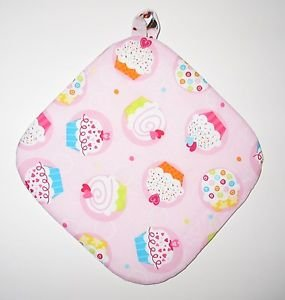 "8"" Hot Pot Pad/Pot Holder with Hanger - CUPCAKES ON PINK- All Handmade"