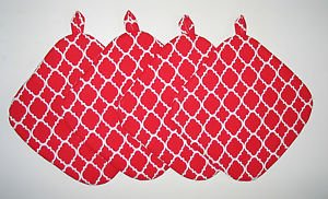 "8"" Hot Pot Pad/Pot Holder with Hanger Set of Four - QF Red & White"
