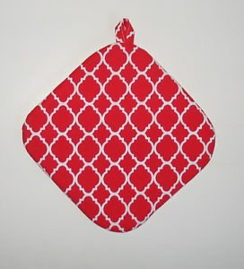 "** NEW ITEM ** 8"" Hot Pot Pad/Pot Holder with Hanger - QF RED & WHITE"