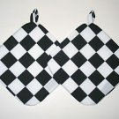 "8"" Hot Pot Pad/Pot Holder with Hanger Set - BLACK & WHITE CHECK"