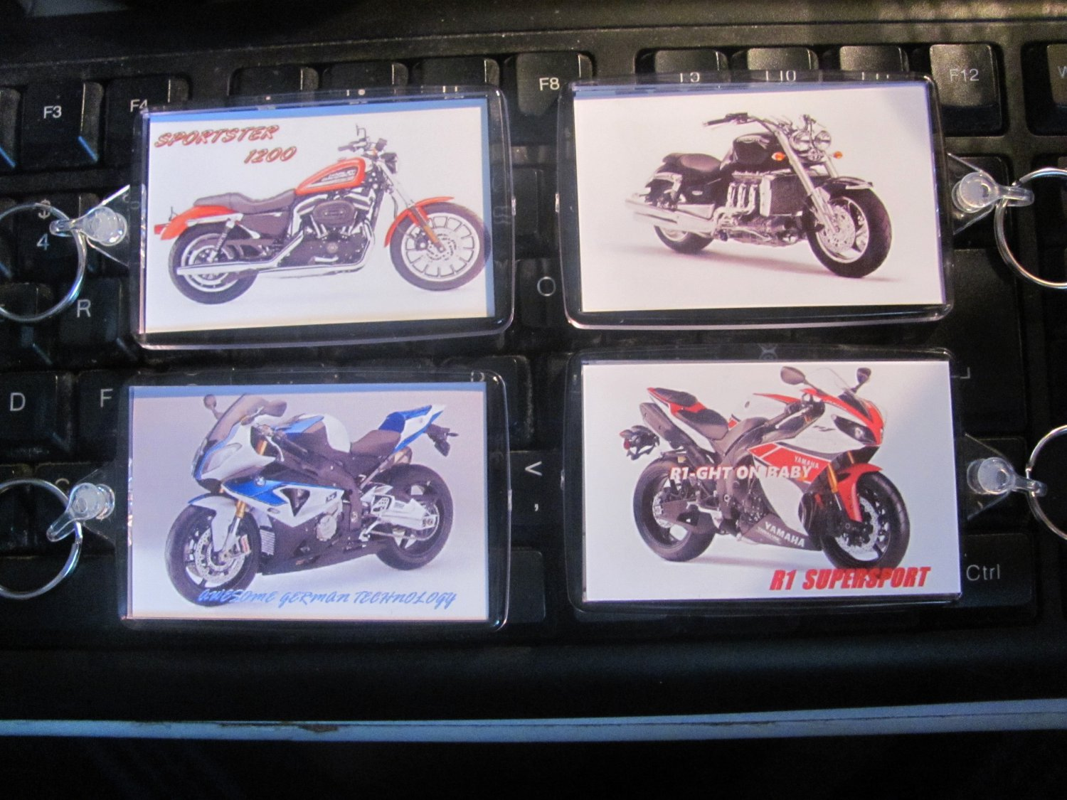 Motorcycle key chains,R1, BMW S1000RR,Sportster,Triumph Rocket 3. large Size key rings