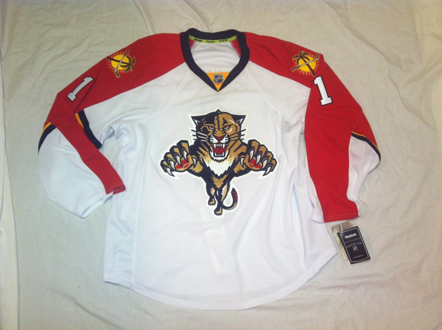 Roberto Luongo Florida Panthers White Road 2015 Reebok Authenic Size 52 Jersey