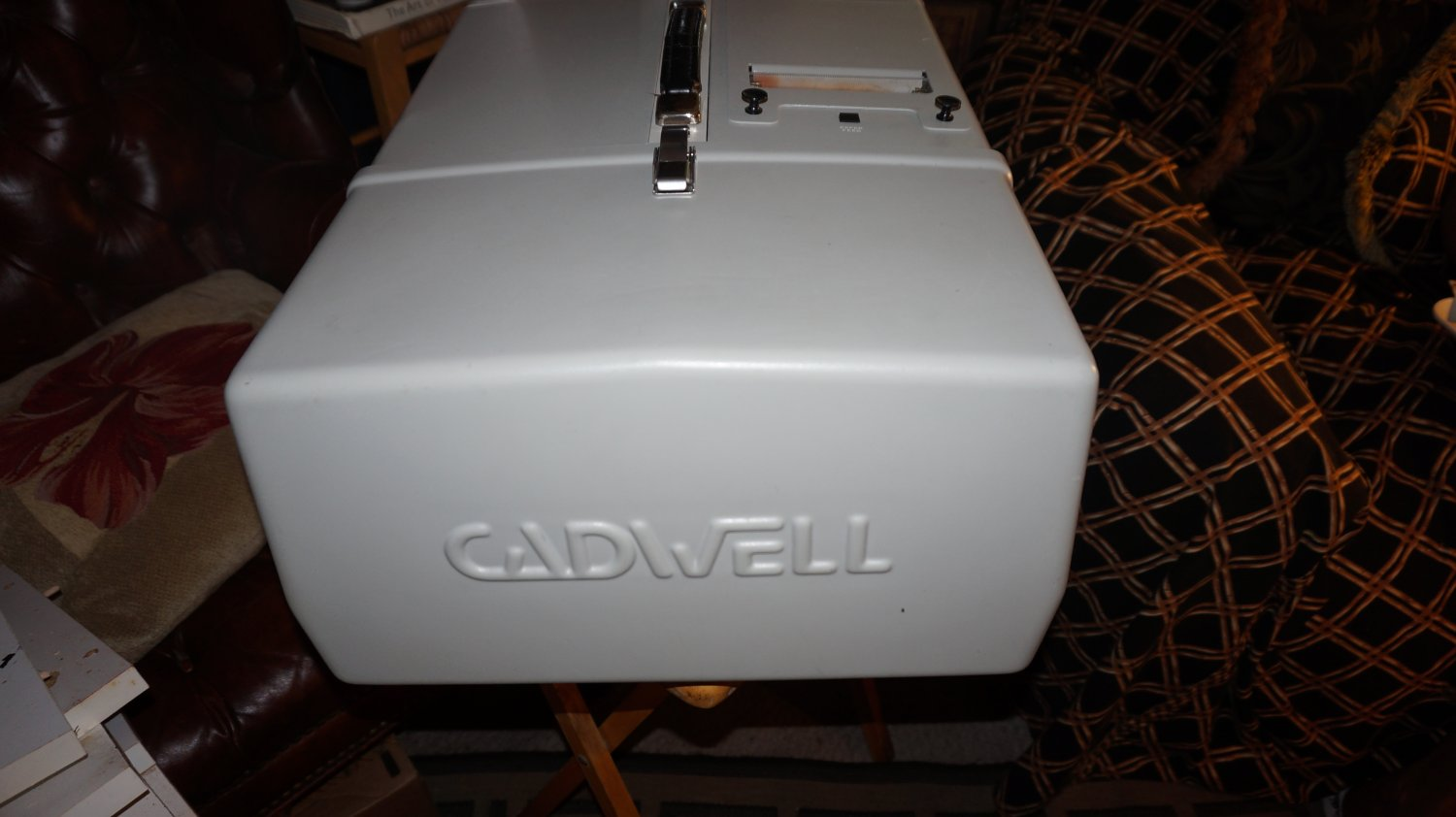 Cadwell 5200A EMG Machine 2 channel system- RARE-POWERS ON-AS IS
