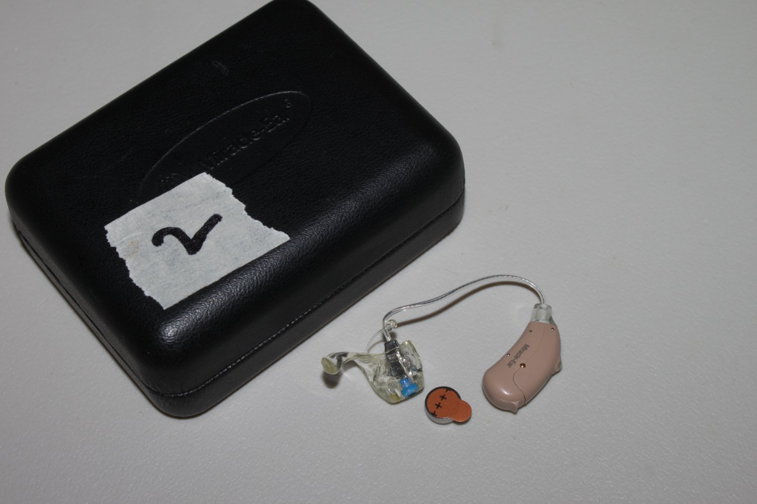 1 Miracle Ear Me Ric Hearing Aid With Fresh Battery And