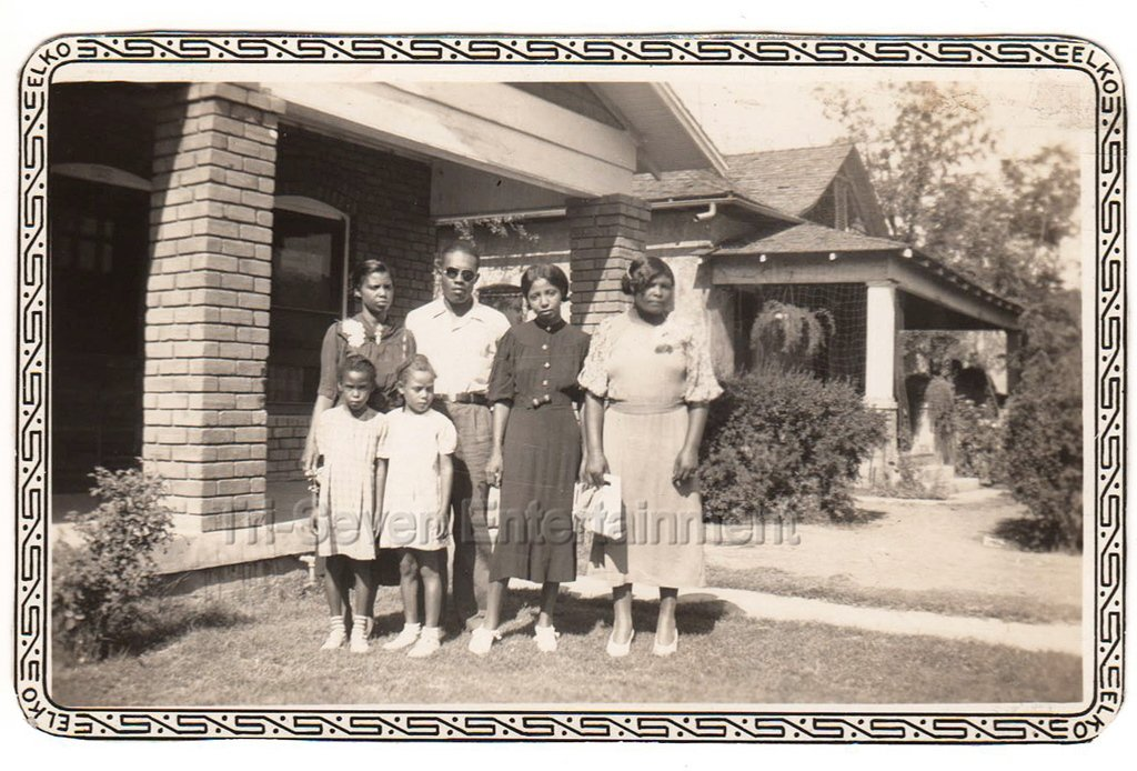1940s African American Family Women Group Kids Vintage Old Photo Black People