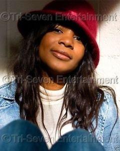 Black Woman Model - 8X10 Color Photo - African American Pretty Girl - Headshot