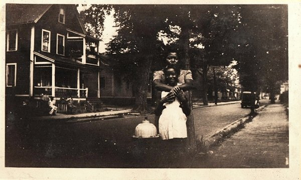 Antique African American Mother Daughter Street Photo Old Black Americana HS26