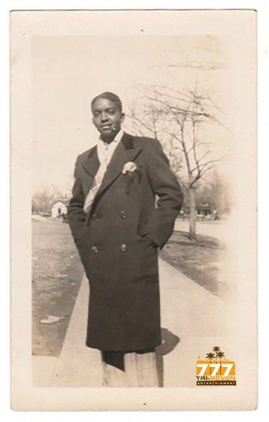 Vintage Handsome African American Debonair Man Photo Old Black Americana V067