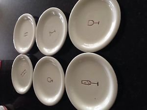 "set of 6: decorative plates approximately 6.25"" each"
