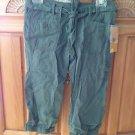 Womens Capri pants khaki green size 0 by roxy ^