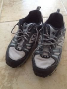Mens New Balance All Terrain Grey Sneakers Size 11.5 Beautiful Condition