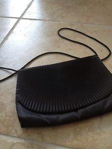 evening bag snap closure shoulder strap black