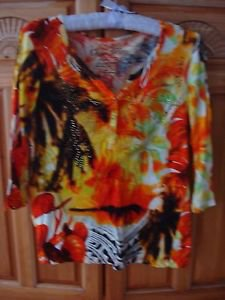 Women's Dramatic Print Shirt Size Petite Medium by Onque Petite