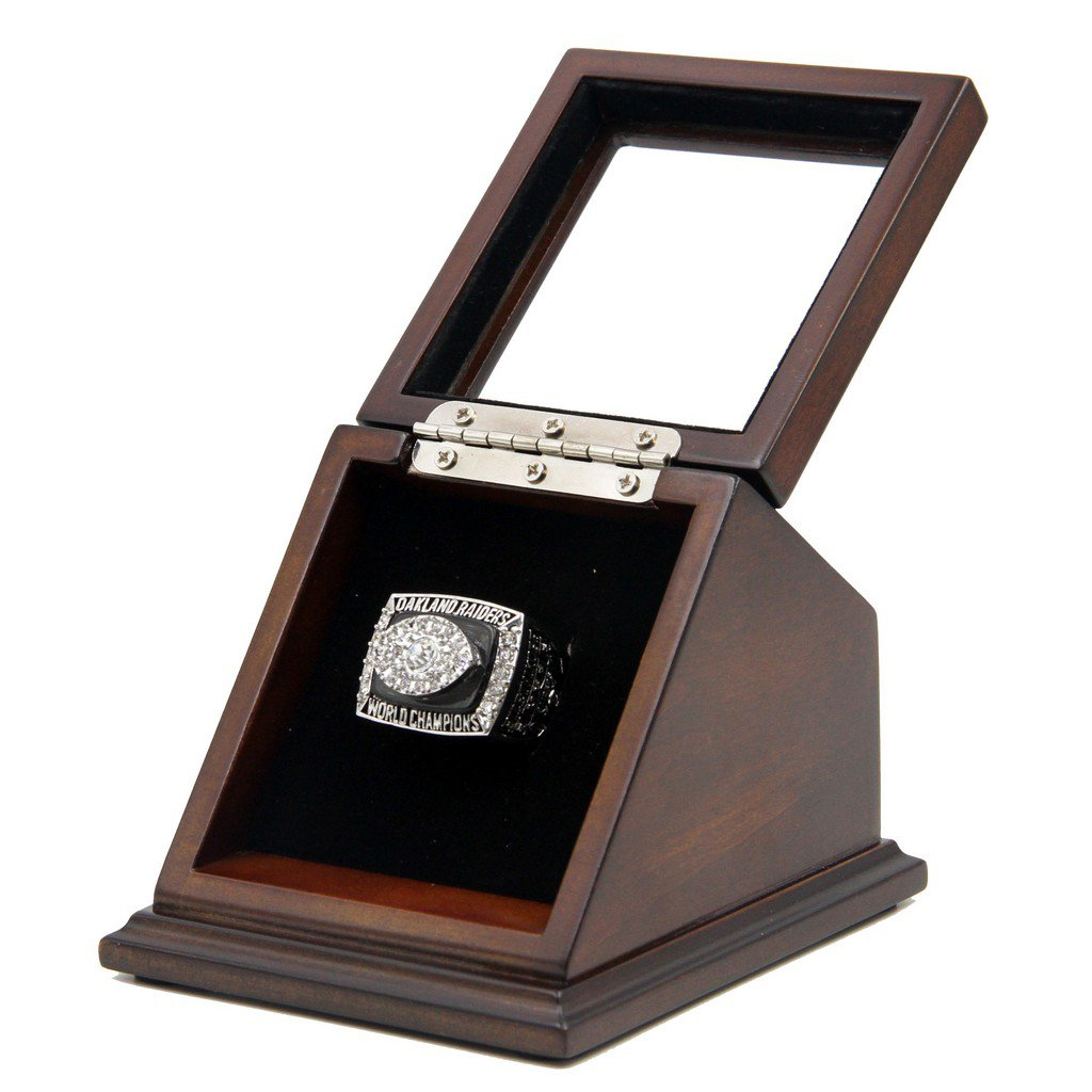 N-F-L 1976 Oakland Raiders Super Bowl XI Replica Championship Rings with Wooden display Case