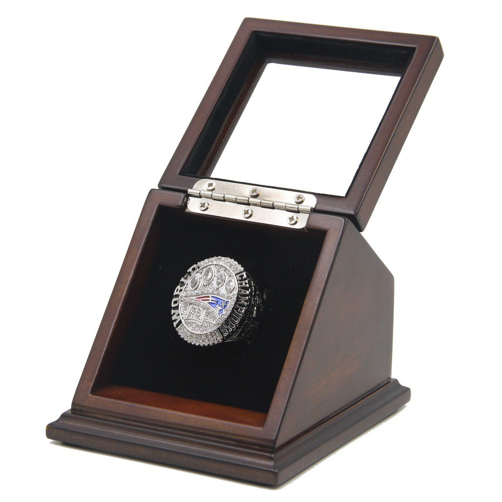 New England Patriots 2014 SB XLIX Replica Championship Rings with Wooden display Case