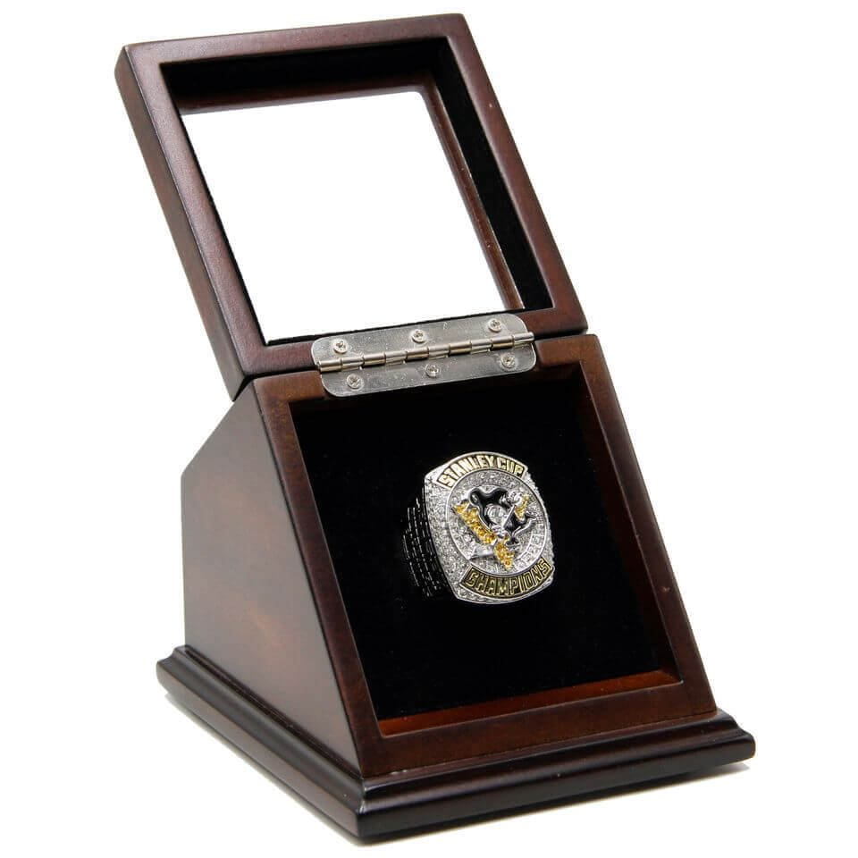 Stanely Pittsburgh Penguins 2016 Championship Replica Fan Rings with Wooden Display Case Box